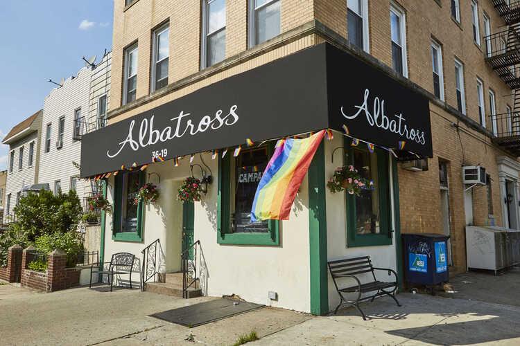 Albatross Bar