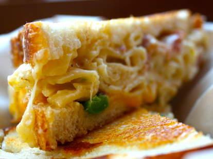 Mac 'n Cheese-Stuffed Grilled Cheese at
