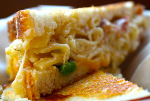 Mac \'n Cheese-Stuffed Grilled Cheese at American Grilled Cheese ...