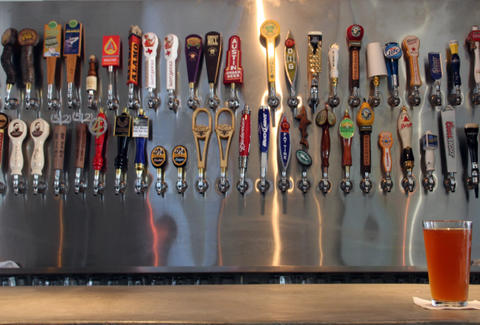 Workhorse Bar-Austin-Beer taps