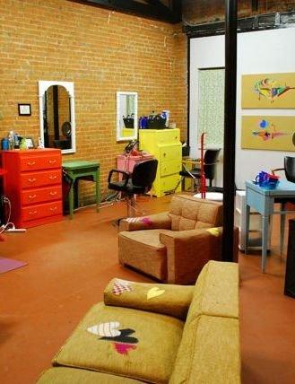 Hearts & Robots Hair Studio