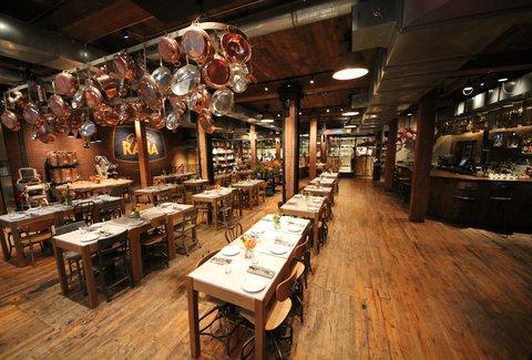Giovanni Rana Pastificio Amp Cucina A New York Ny Bar