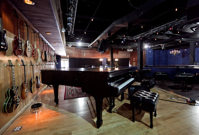 A jazz club Al Capone would hang out at Downtown