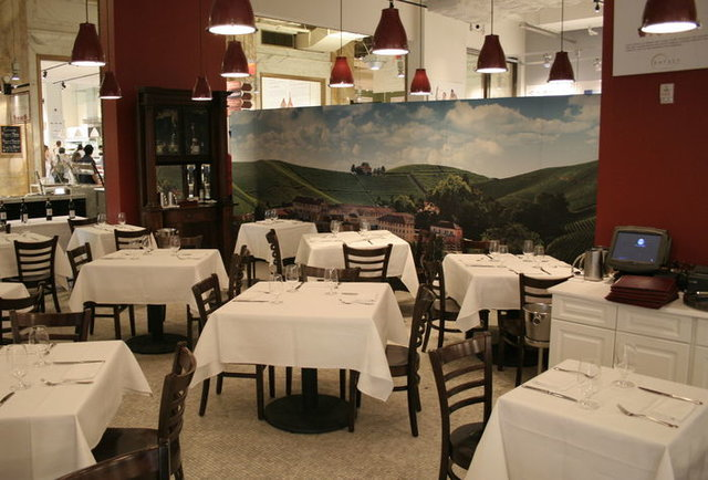Eataly\'s fine dining experience