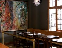 La Bete dining room