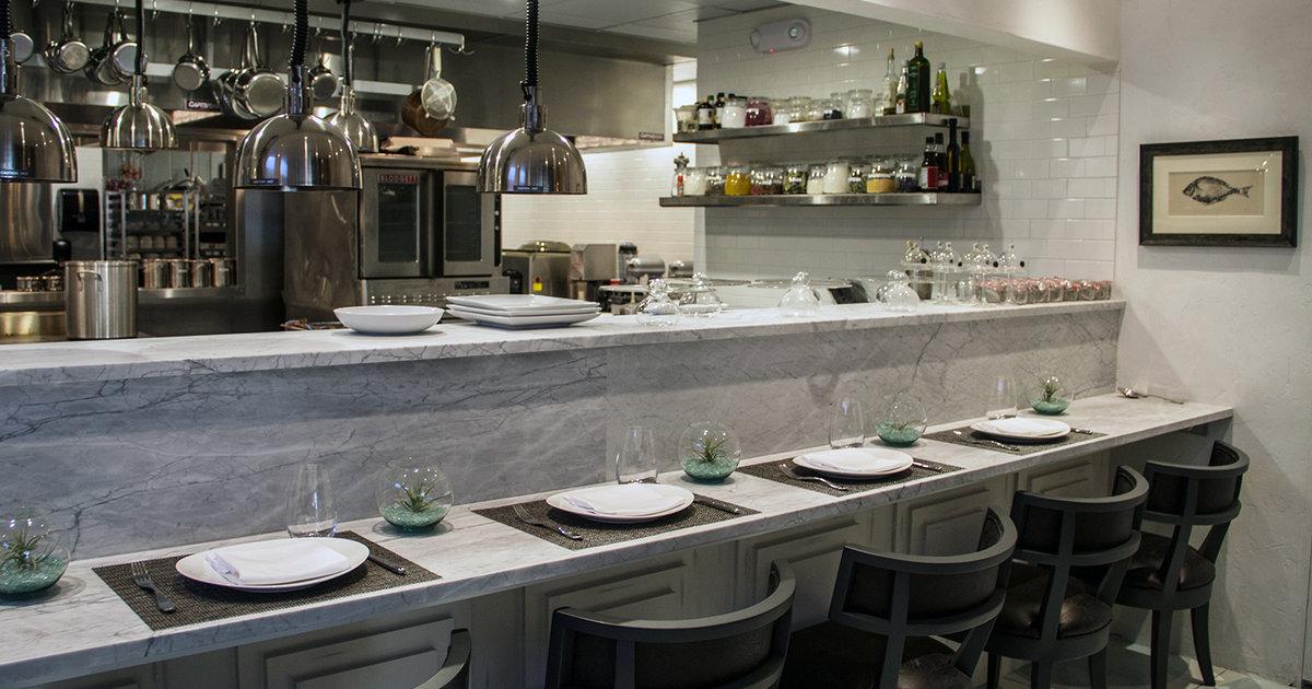 Spoon bar and kitchen eat thrillist dallas for Festive kitchen dallas