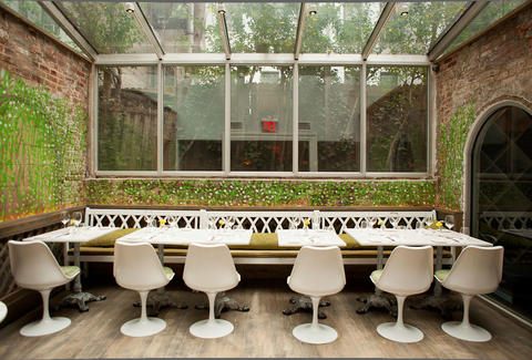 The greenhouse seating at Andanada