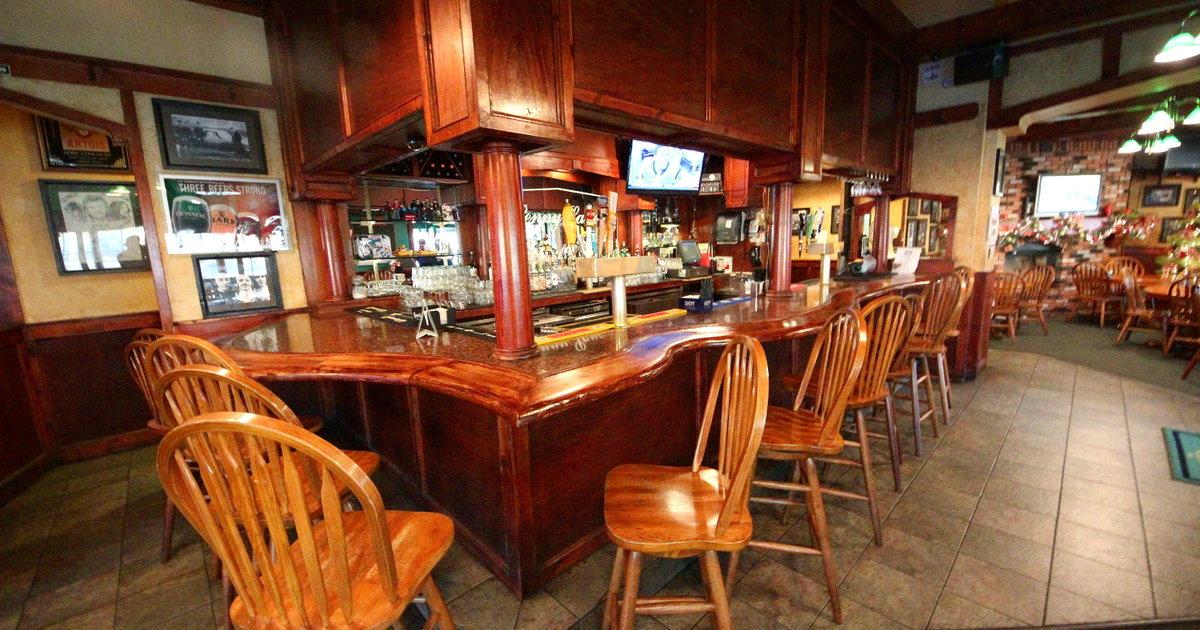 Penny Lane Pub Amp Grill Eat Thrillist San Diego