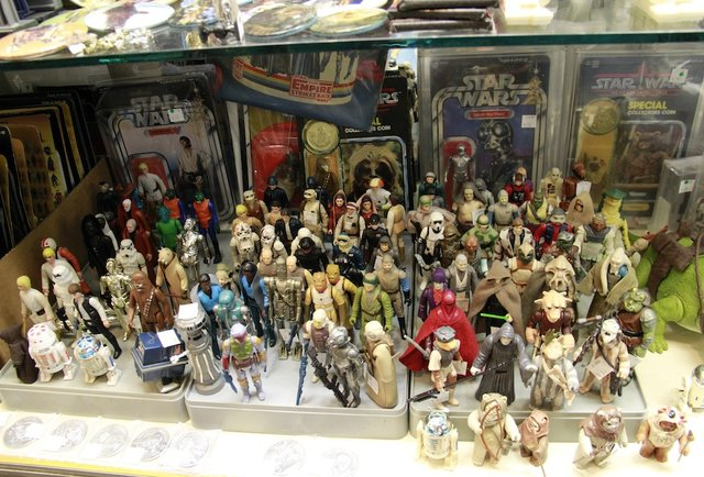 Admiral Ackbar and more in a hidden toy closet