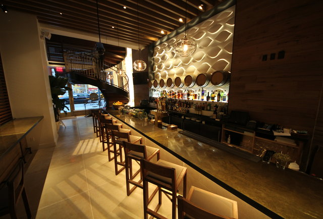 A tropical escape with tons of rum in Midtown