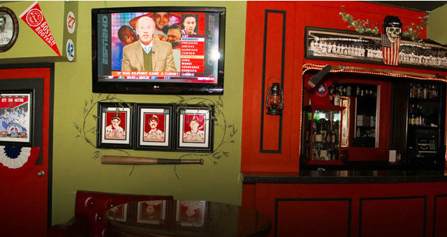 Spread your wings and fly (to these bars to watch the game)