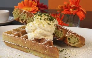 Waffles Cafe Lakeview