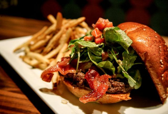 Cali burger masters hit La Jolla