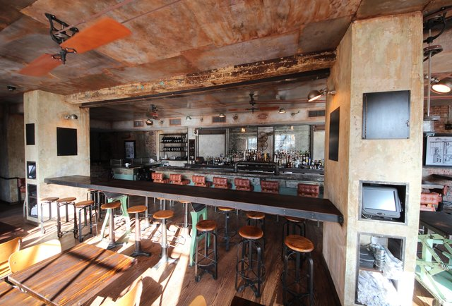 An Alphabet City haven for Industrial Revolution-inspired drinking
