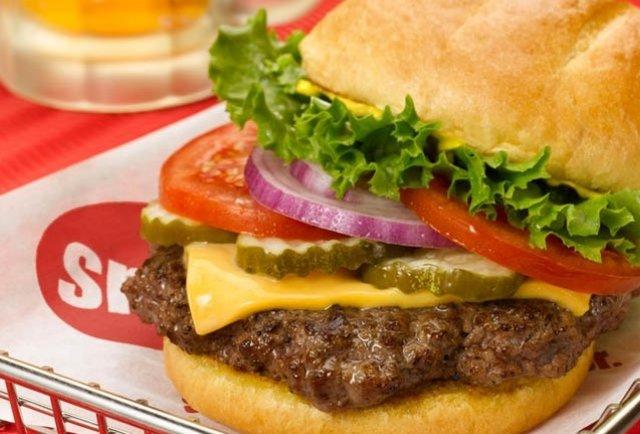 Denver\'s best burger chain hits LA