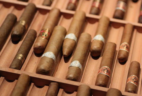 Civil Cigar Lounge-DC-Cigars