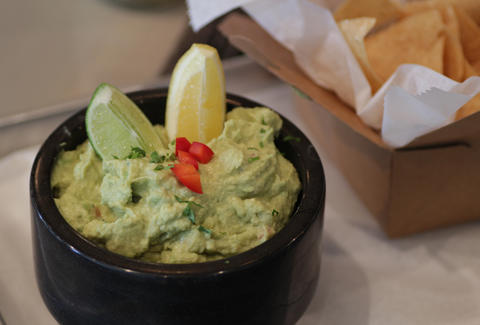 Guacamole at Big Kahuna in Atlanta