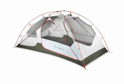 A weather-combatant tent for two that won't leave you homeless