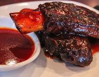Spare rib and sauce