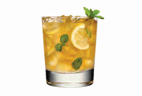 A whiskey and mint cocktail to tingle your tastebuds