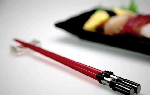 This is how the Sith eats sushi