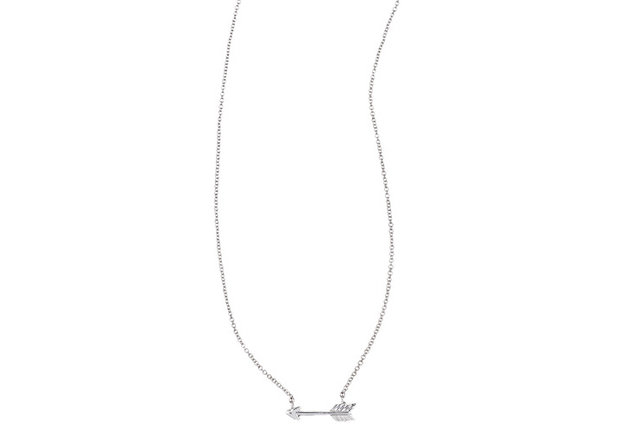 A necklace that\'s sure to pierce her heart