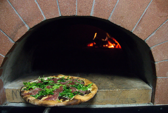 Brick oven pies in Clarksville