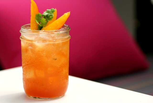 Finally, a happy hour that starts on Miami time