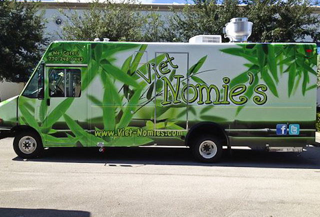 Authentic Vietnamese on BuHi... and in a truck