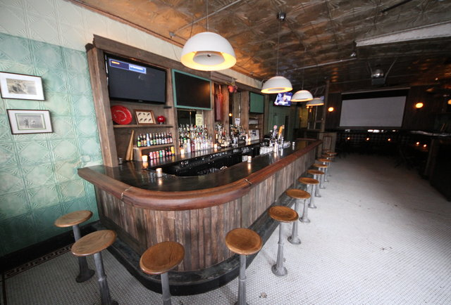 Some-Frills Sports Bar From the Dudes Behind The Bedford