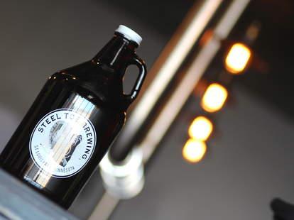 growler from Steel Toe Brewing Minnesota brewery beer craft beer