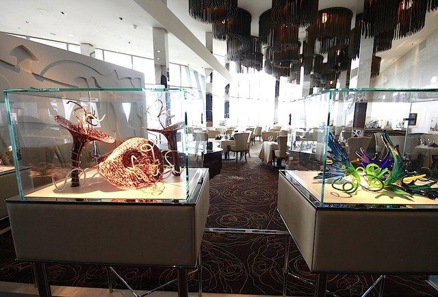 Huge steaks & fried lobster on the waterfront