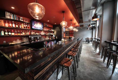 Carving Room: A Washington DC, DC Bar.