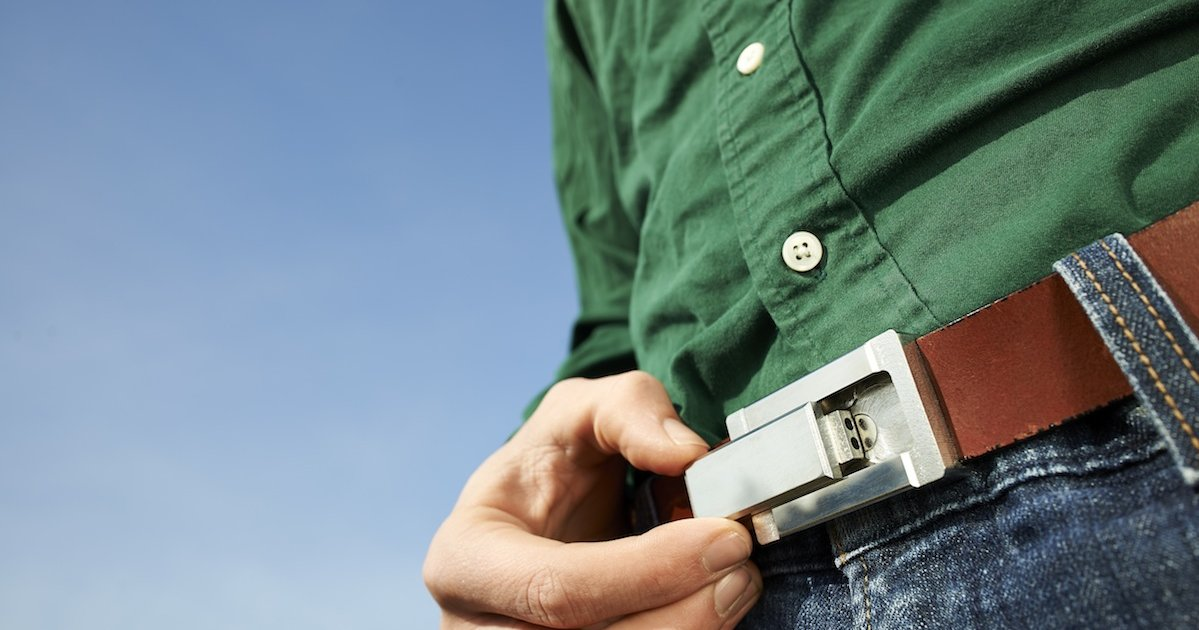 The Buckle Puffer Conceal A Steel Pipe In A Belt Buckle Thrillist