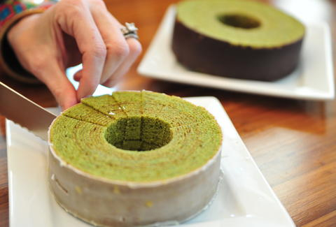 Matcha Green Tea Baum Cake