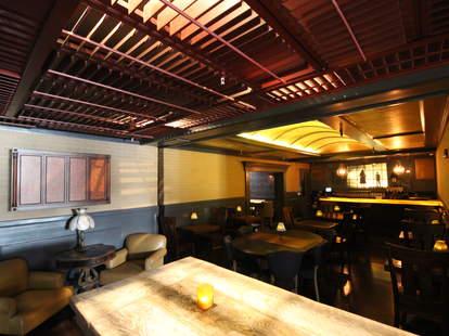 Noir Lounge-Bar Interior-San Francisco