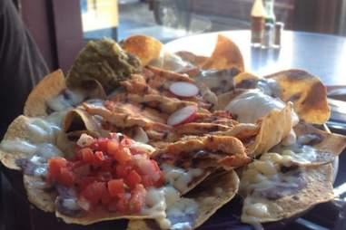 Papalote nachos