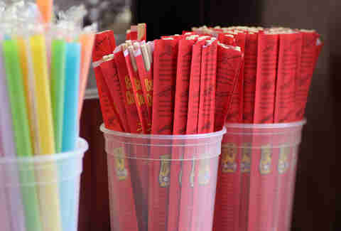 Chopsticks and Bubble Tea straws on Fugu Food Truck