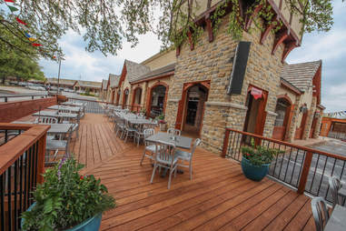 The patio at Shady's in Richardson TX