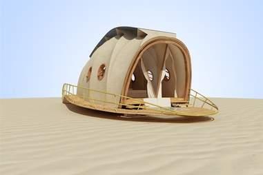 Looper half-open in the desert