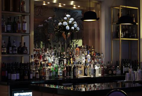 The bar at Mansion