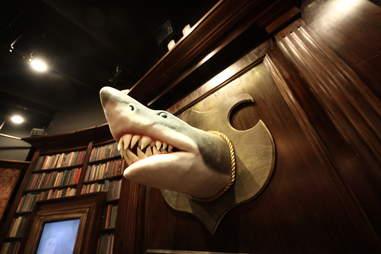 Jekyll & Hyde interior - shark