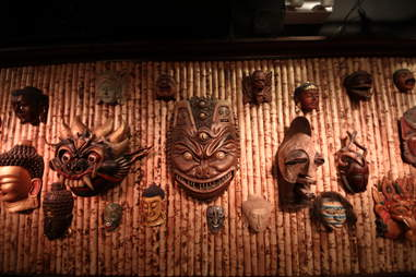 Jekyll & Hyde interior - masks