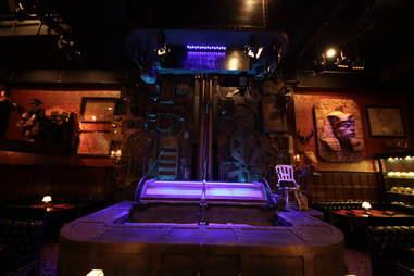Jekyll & Hyde interior - Frankenstein