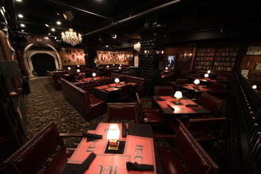 Jekyll & Hyde interior