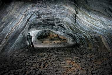 lava tunneling at ION Iceland