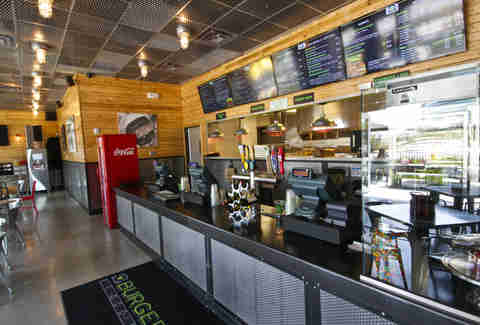 BurgerFi Atlanta interior counter