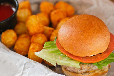 Slideways - Juicy Lucy with tater tots