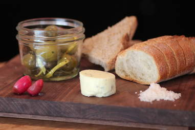 Bread plate at 20 Spot