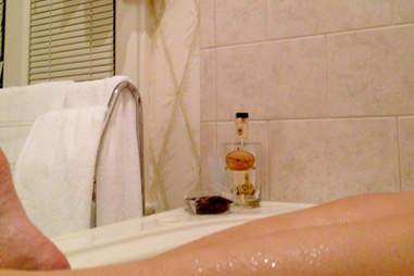 Moonshine balls and malt whiskey in the Beaumont Inn bathtub
